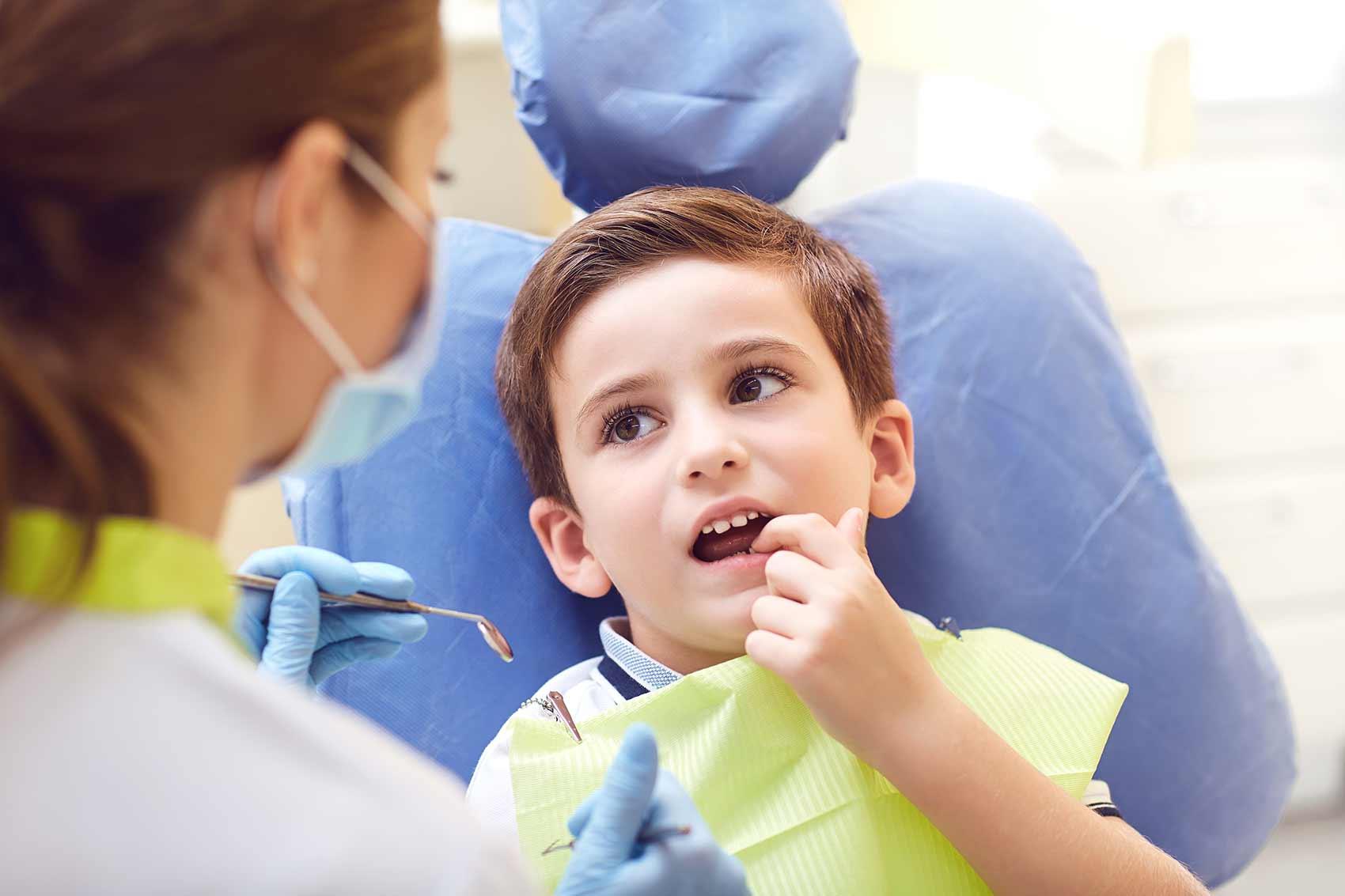 enfant anxieux chez le dentiste